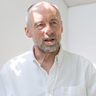 Henrik Dybvad Larsen, Psychologist