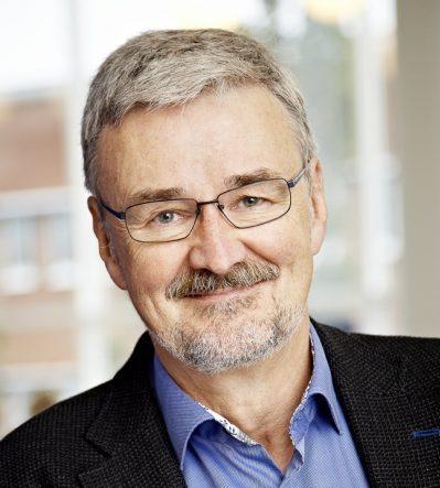 Karl Møller Bek, Urogynecologist PhD. 40 years' experience in anal sphincter reconstruction.