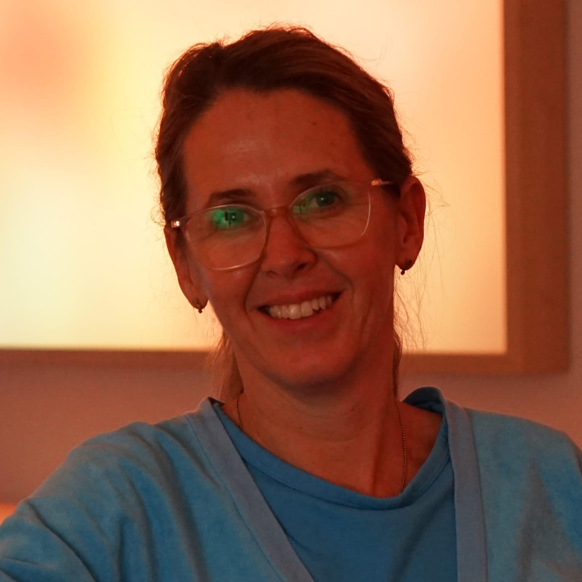 Maj-Britt Schulze Romme, Midwife